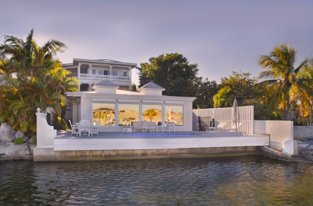 Love this spectacular waterfront home!