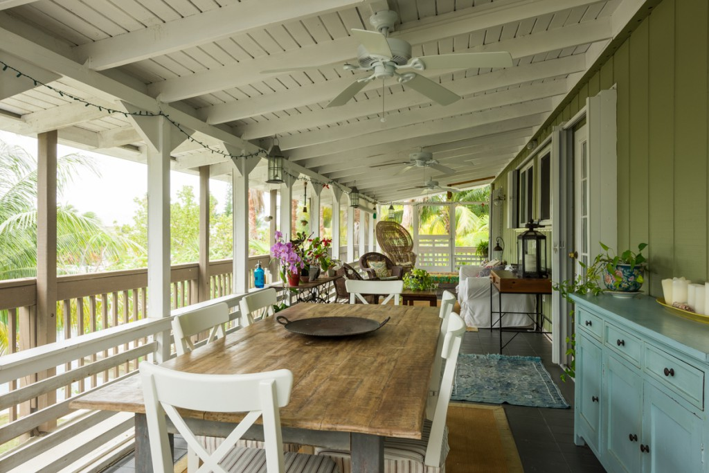 You will love the 10' x 44' screened porch.