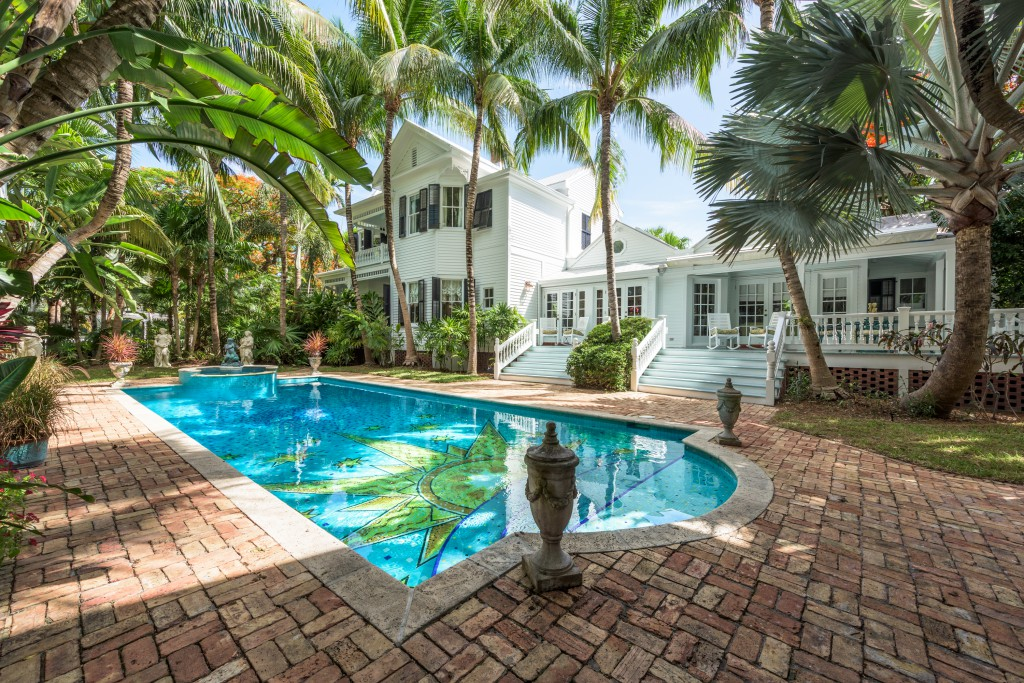 This enthralling Key West estate makes its mark.