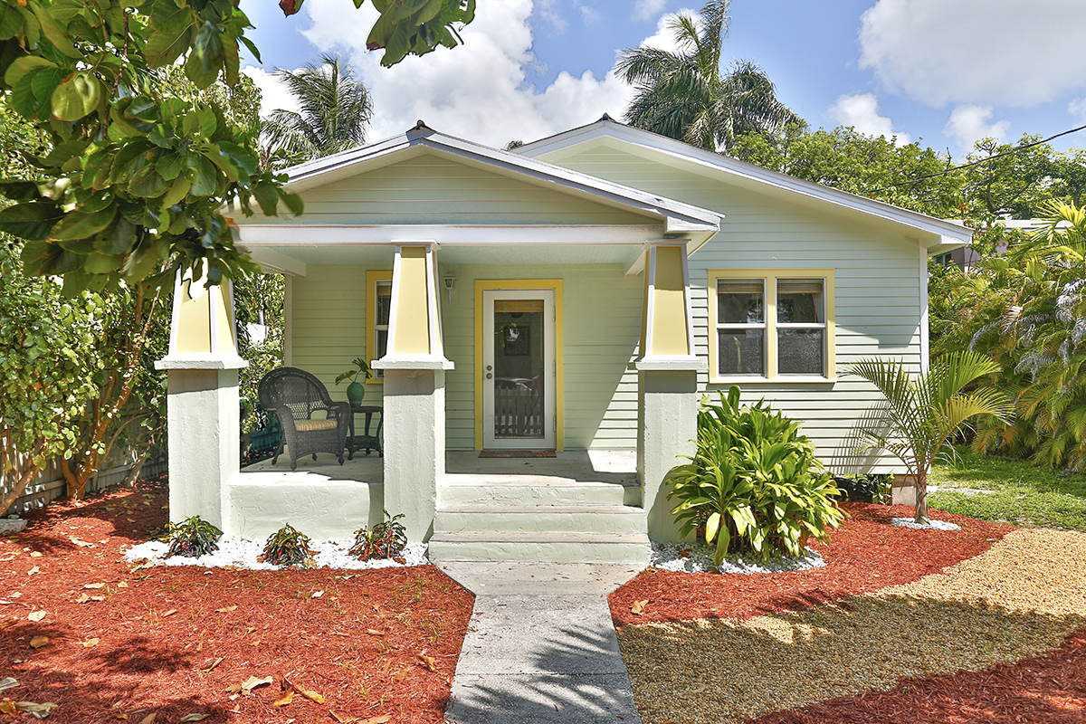 Painted to reflect the scolors of Key West, the cottage's personality shines.